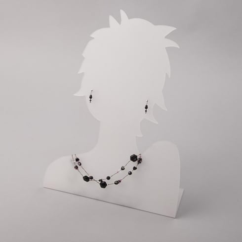 Silhouette head: front facing
